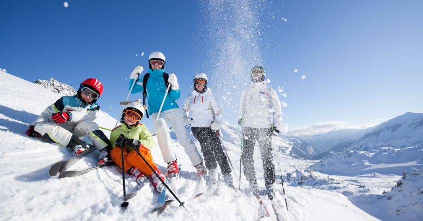 Mountain Sports In Cairngorms National Park Skiing